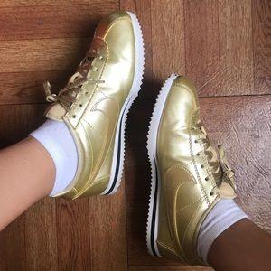 Nike Gold Cortez